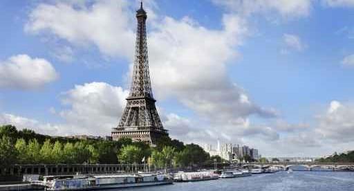 Et au milieu coule la Seine