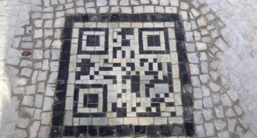 QR code : pixel art ou gribouillis ?