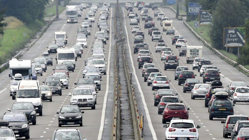 Photo d'autoroutes saturées