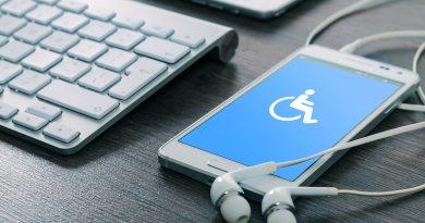 Illustration de l'accessibilité numérique avec un smartphone